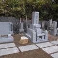 中西家様:津山型9寸角三重台代々墓(青木石)