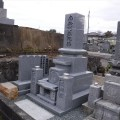 畝岡家様:津山型1尺角布団四重台代々墓(大島石)工事